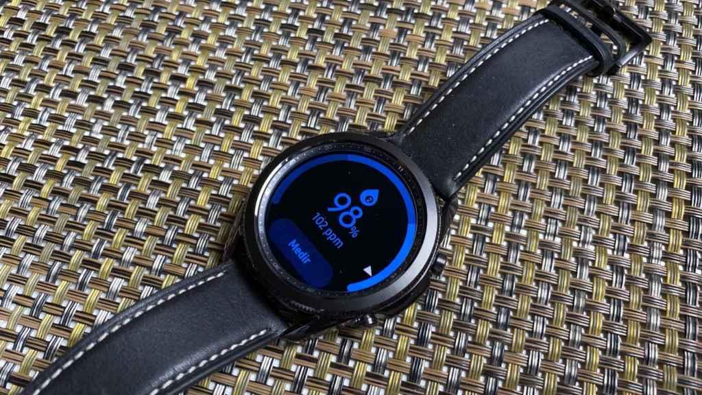 El Samsung Galaxy Watch 3 cuenta con medidor de oxígeno en sangre