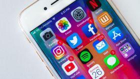Redes sociales en un iPhone