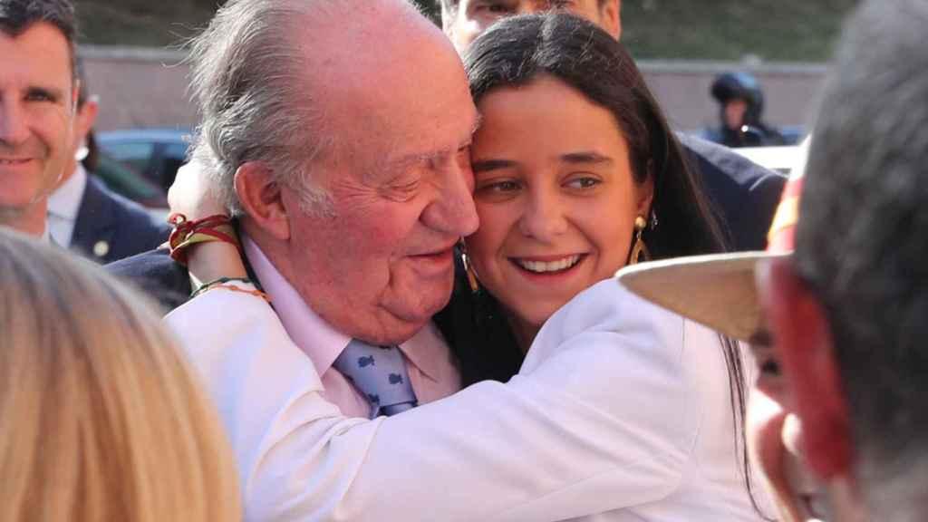 Juan Carlos I y su nieta, Victoria Federica.