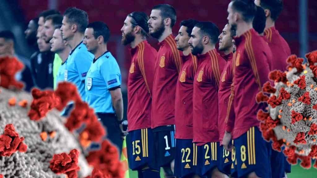 La selección española en un partido internacional en un fotomontaje