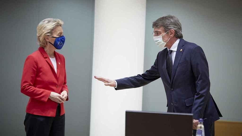 Ursula von der Leyen y David Sassoli, este jueves durante la cumbre de la UE