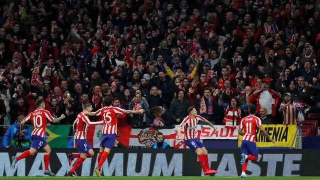 El Atlético de Madrid celebra un gol con el público en el Wanda Metropolitano