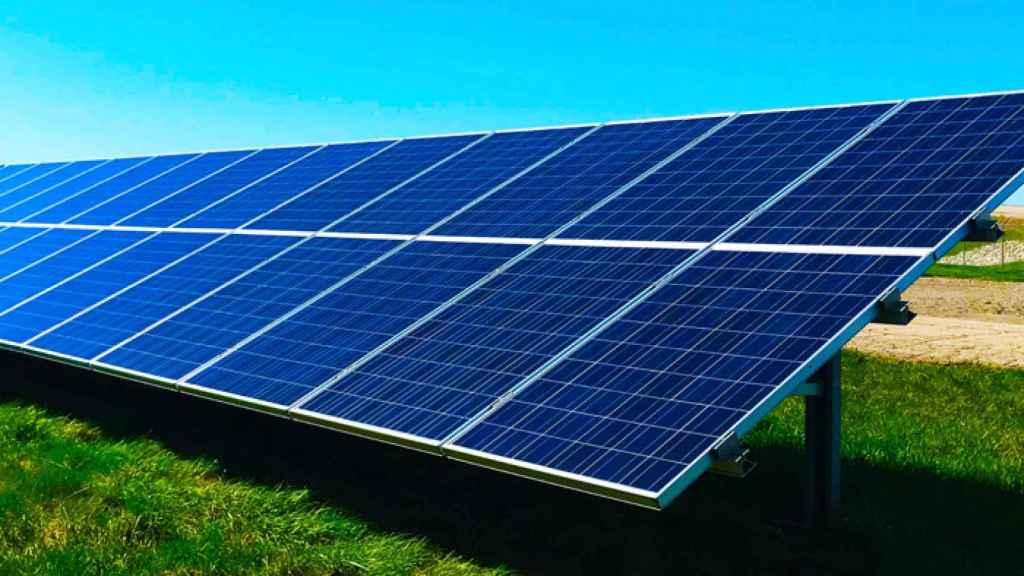 CaixaBank destina 1.500 millones de euros a proyectos de energía fotovoltaica.