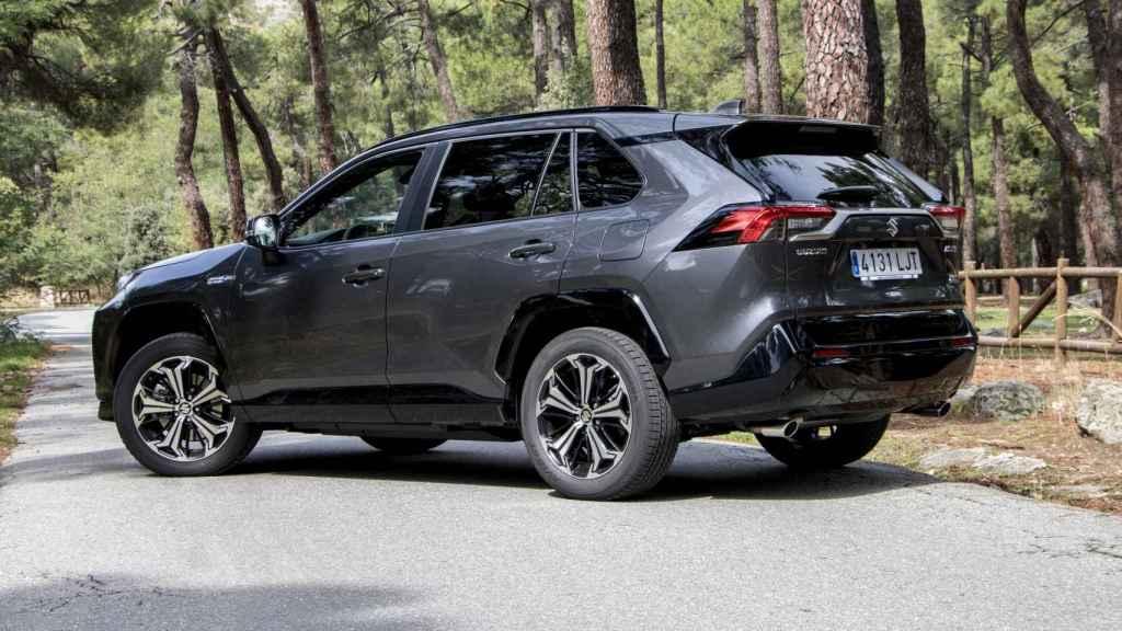 Este SUV híbrido enchufable tiene una autonomía de 75 kilómetros.