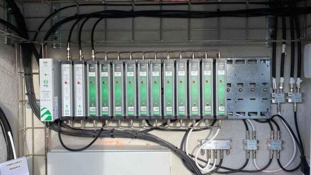 Amplificadores monocanales, pieza necesaria para adaptar las antenas.
