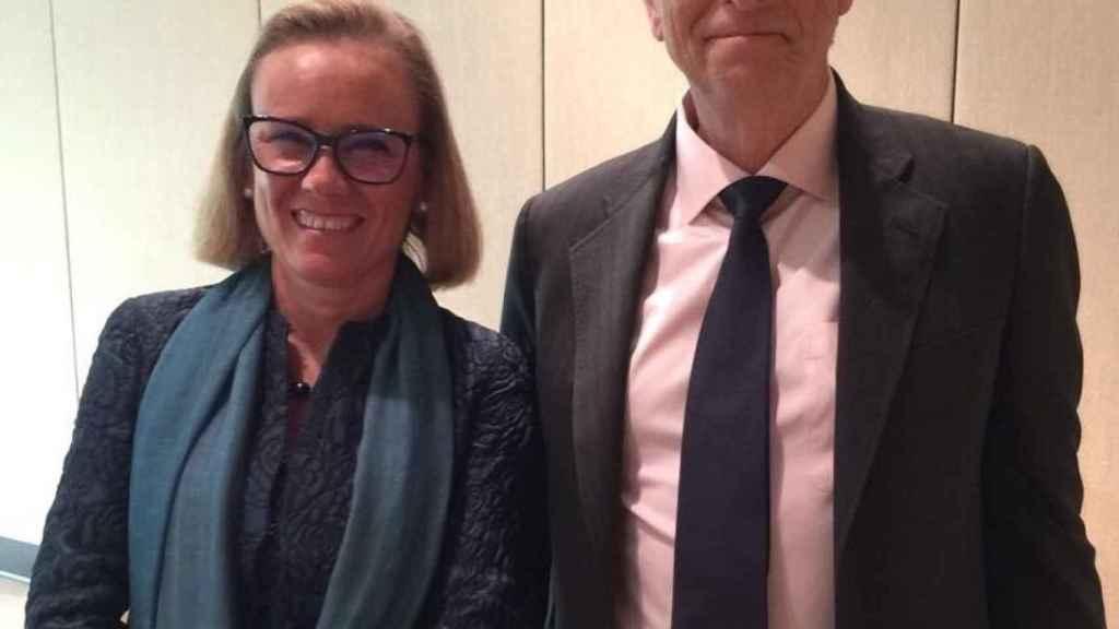 Belen Garijo con Bill Gates, en abril de 2017.