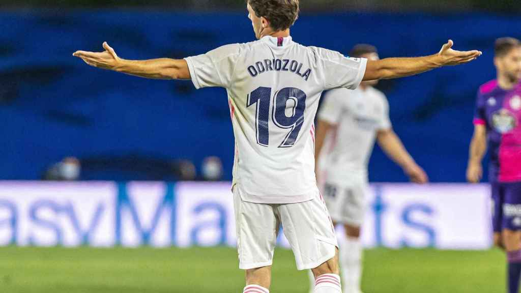 Odriozola gesticulando durante un partido del Real Madrid