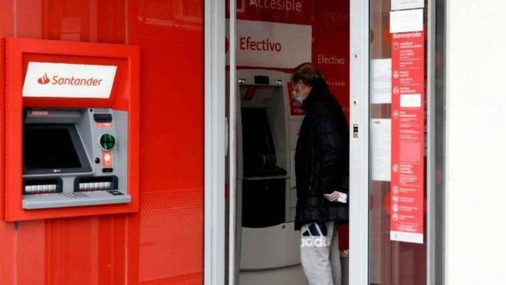 Banco Santander se suma estos días a la campaña fin de año de planes de pensiones.