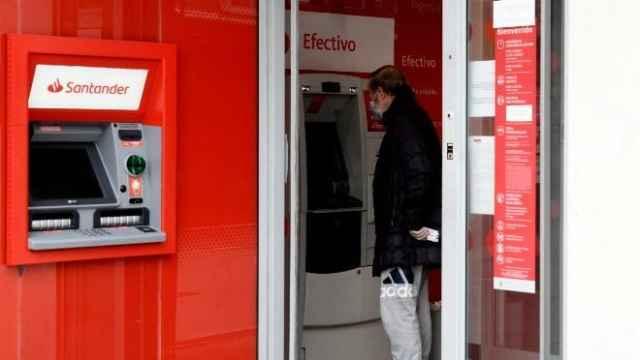 Sucursal Banco Santander.