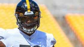 Jarron Jones, jugador de los Pittsburgh Steelers de la NFL