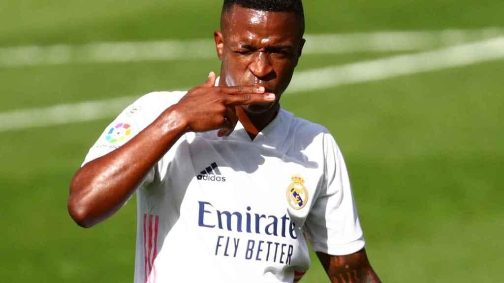 Vinicius celebra su gol al Levante