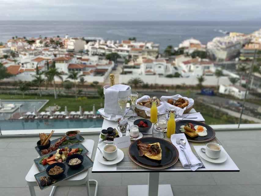 Desayuno de lujo en Corales