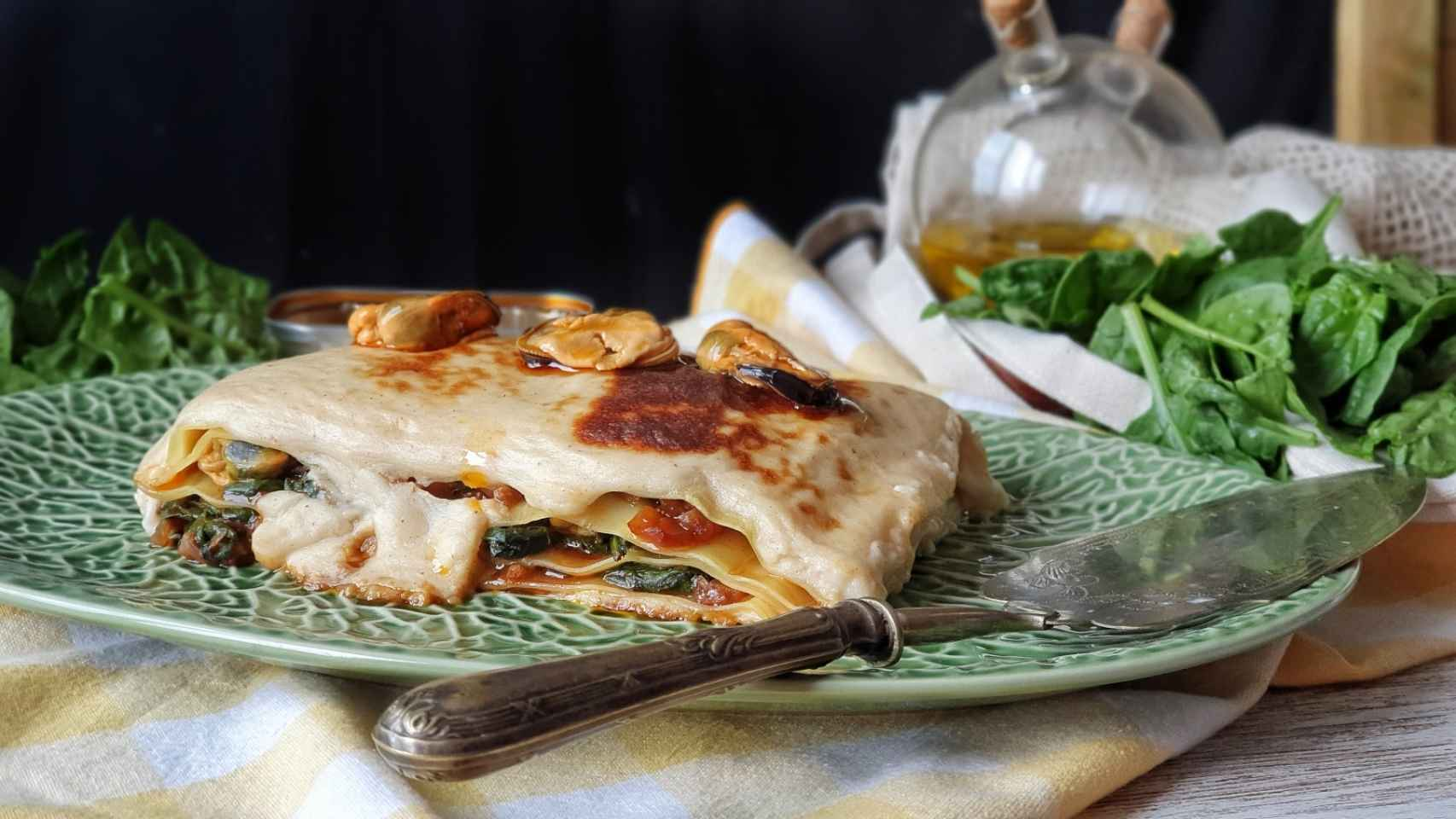 Lasaña de mejillones y espinacas, receta fácil para torpes