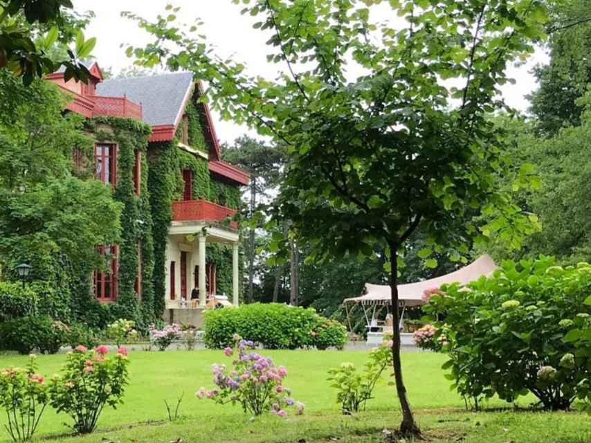 Jardines del palacio de Arbaizenea.