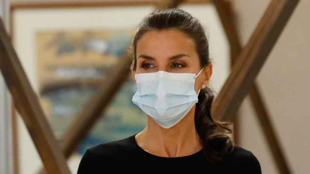 Letizia ha viajado a Galicia y ha decidido volver a reciclar uno de sus 'looks'.