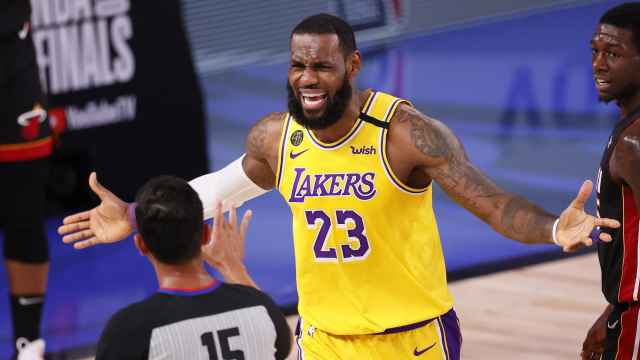 LeBron James, con Los Angeles Lakers durante las Finales