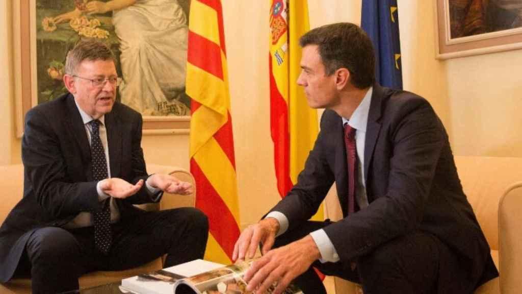 El presidente valenciano, Ximo Puig, junto al presidente del Gobierno, Pedro Sánchez.