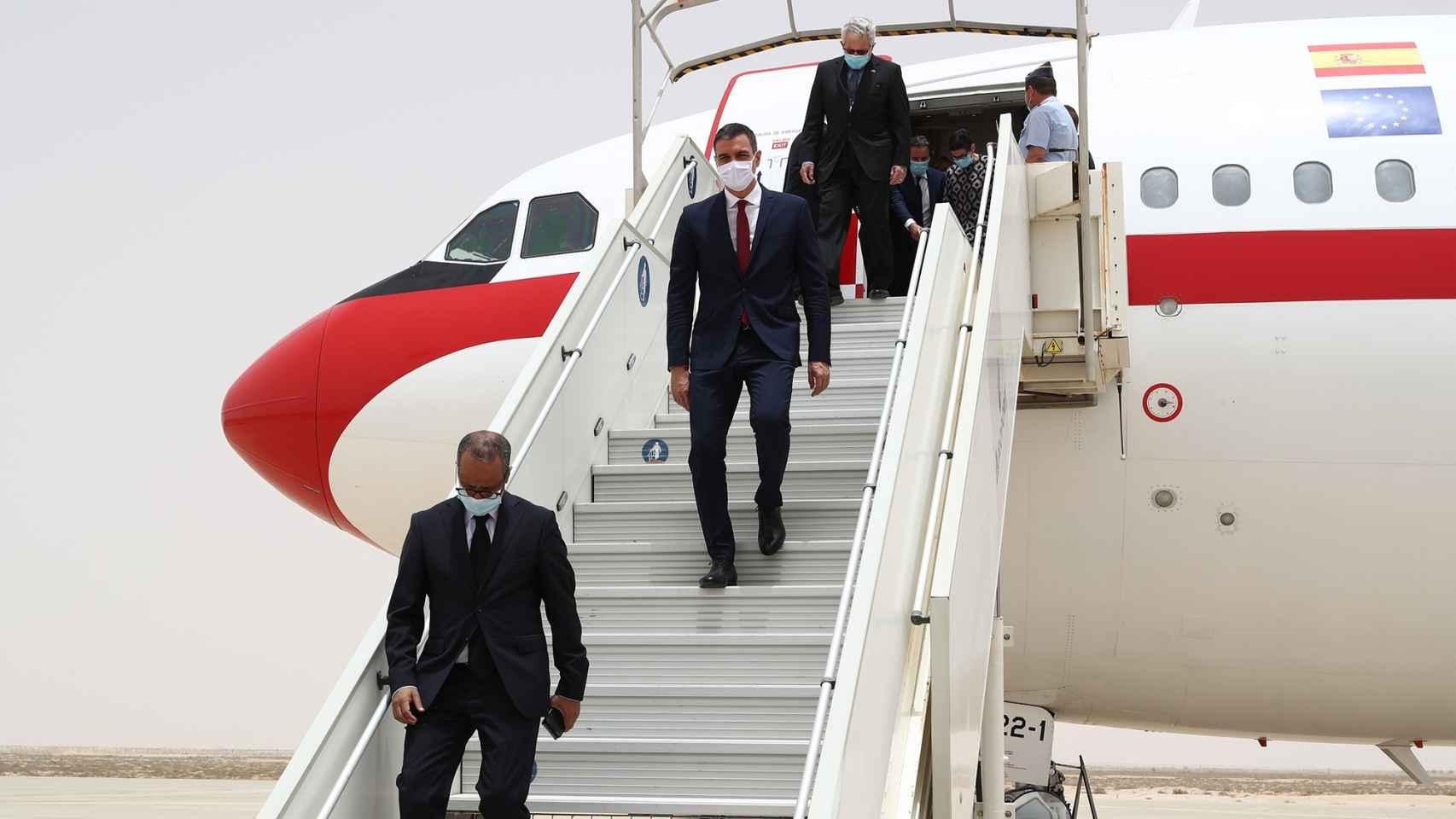 El presidente del Gobierno, Pedro Sánchez, durante uno de sus viajes.