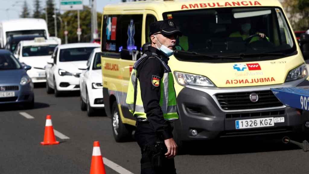 Control policial en el acceso a la capital este lunes