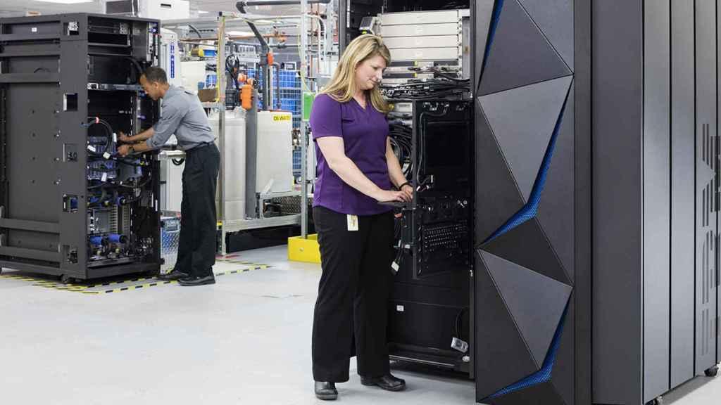 IBM escinde parte de su negocio en una filial y refuerza su apuesta por la nube