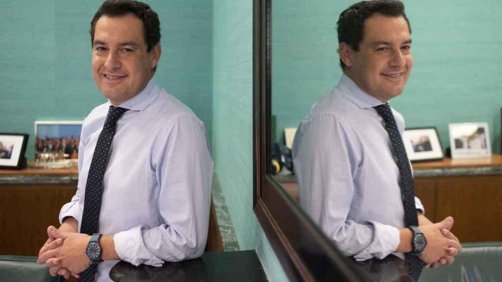 El presidente de la Junta, Juanma Moreno, en su despacho de San Telmo.