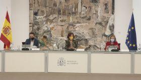 Carmen calvo preside el Consejo de Ministros extraordinario que impone el estado de alarma en Madrid.
