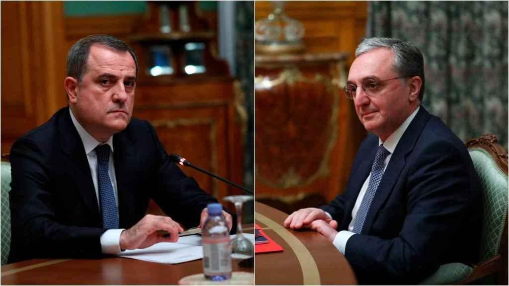 El ministro de Exteriores de Azerbaiyán, Jeyhun Bayramov (izqda); su homólogo armenio, Zohrab Mnatsakanián (dcha).
