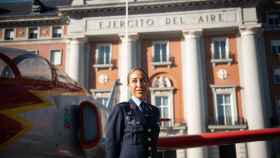 La comandante Pilar Mañas, en el Cuartel del Ejército del Aire.
