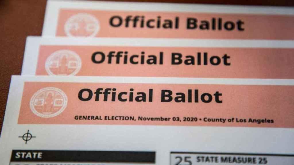 Imagen de las papeletas del condado de Los Ángeles.