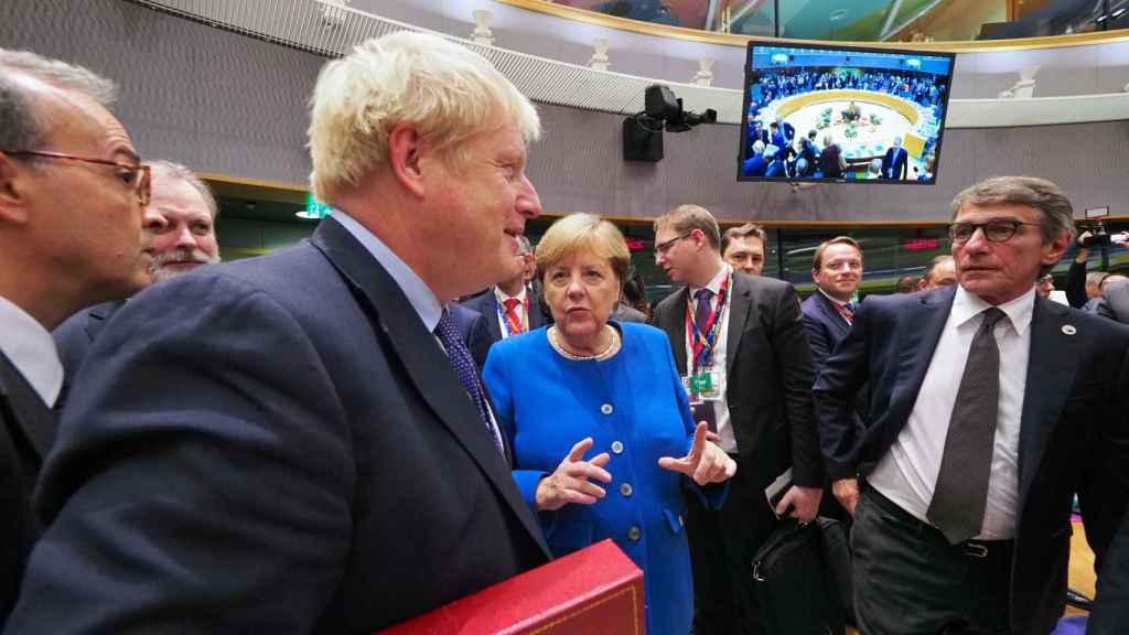 Boris Johnson, durante su última cumbre en Bruselas hace ahora un año