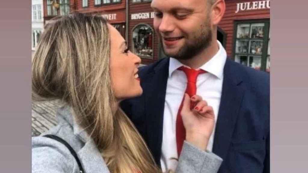 Pamela ha encontrado novio en Noruega y está esperando su primer hijo.
