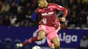 Eddy Silvestre en un partido con el Albacete