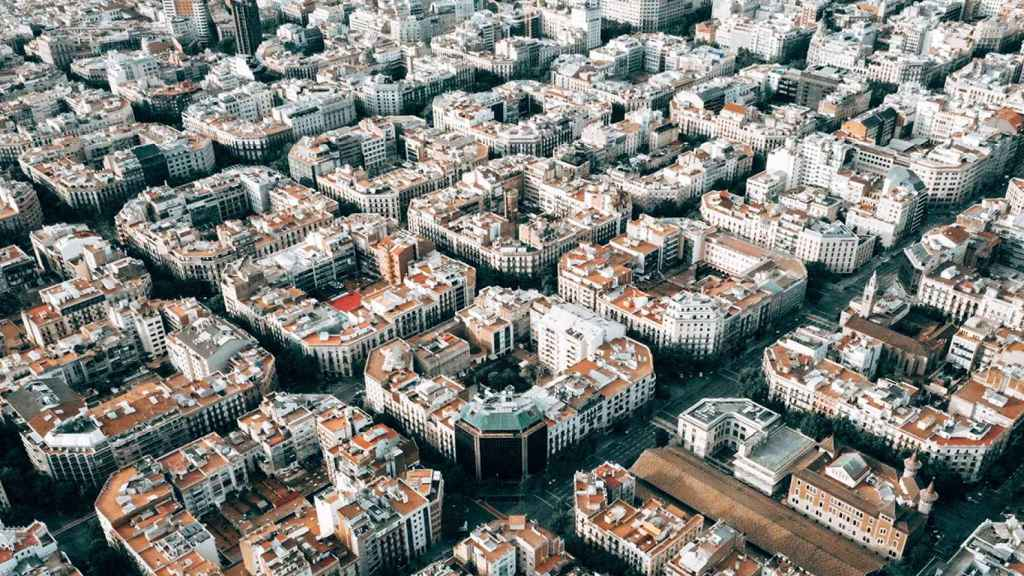La ciudad de Barcelona desde el aire.