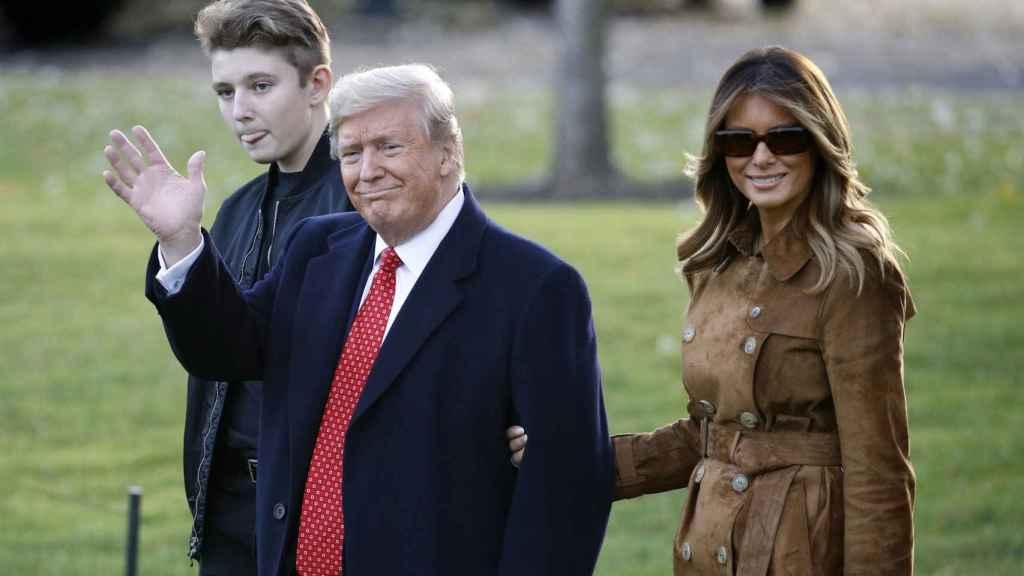 Barron, Trump y Melania han pasado la enfermedad juntos.
