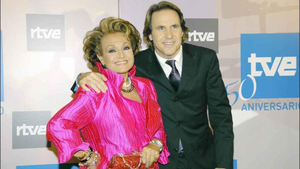 Carmen Sevilla y Juan Carlos Cerezo, en el 50 aniversario de TVE.