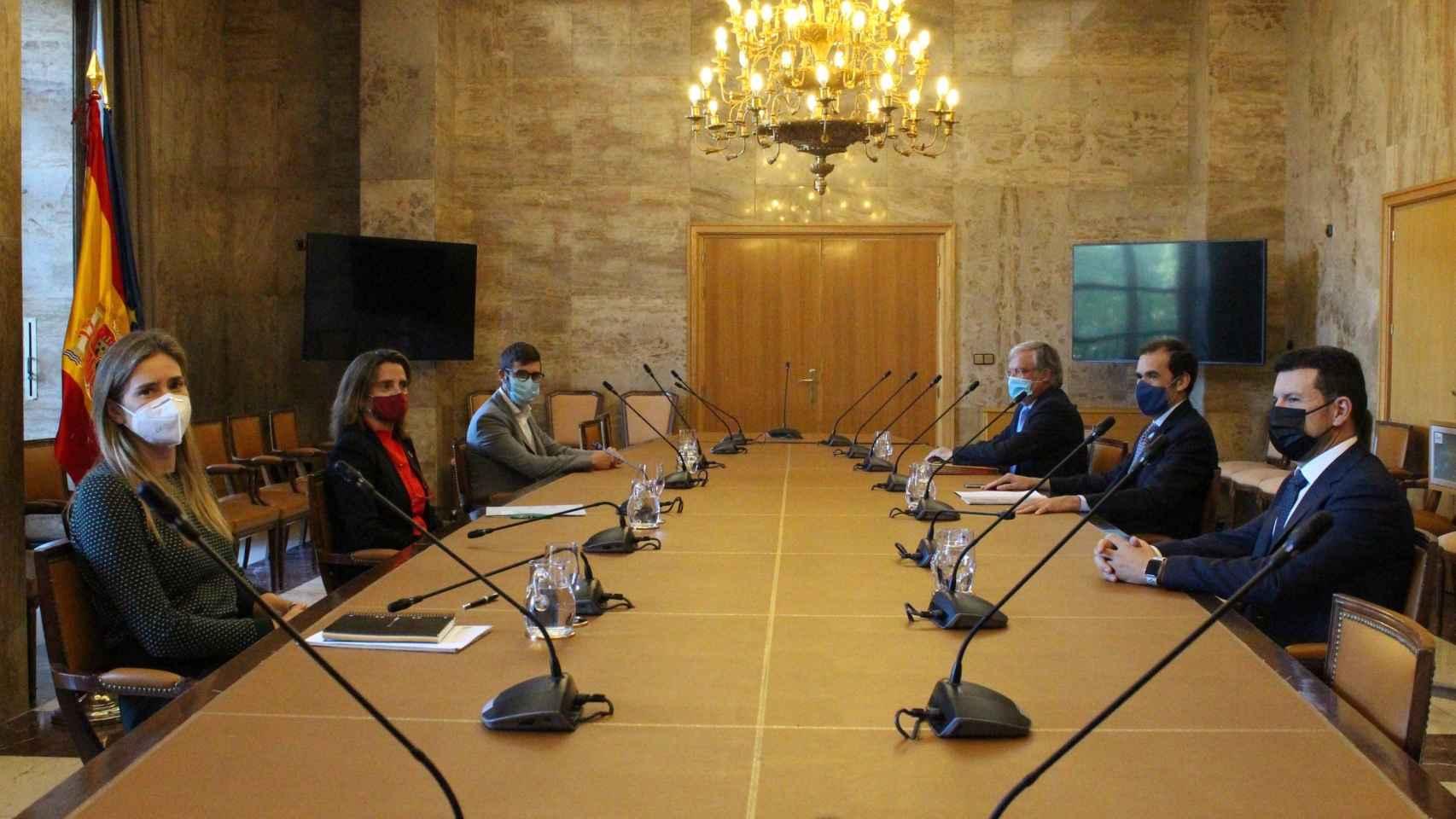 La fotovoltaica presenta a Ribera su Estrategia Industrial  para impulsar la economía