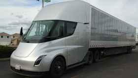 Un camión propulsado por energías limpias.