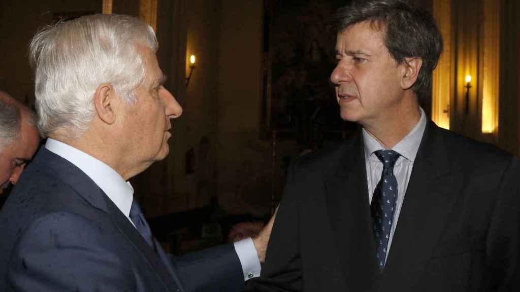 Cayetano junto a su hermano Carlos, duque de Alba.