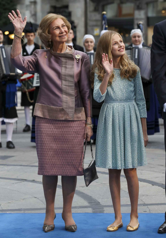 La reina Sofía y su nieta Leonor, en los Premios Princesa de Asturias del año pasado.