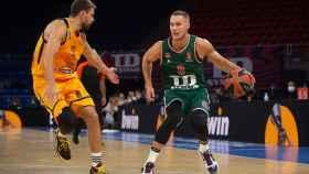 El Baskonia gana con claridad al Khimki y ya suma tres victorias en Euroliga
