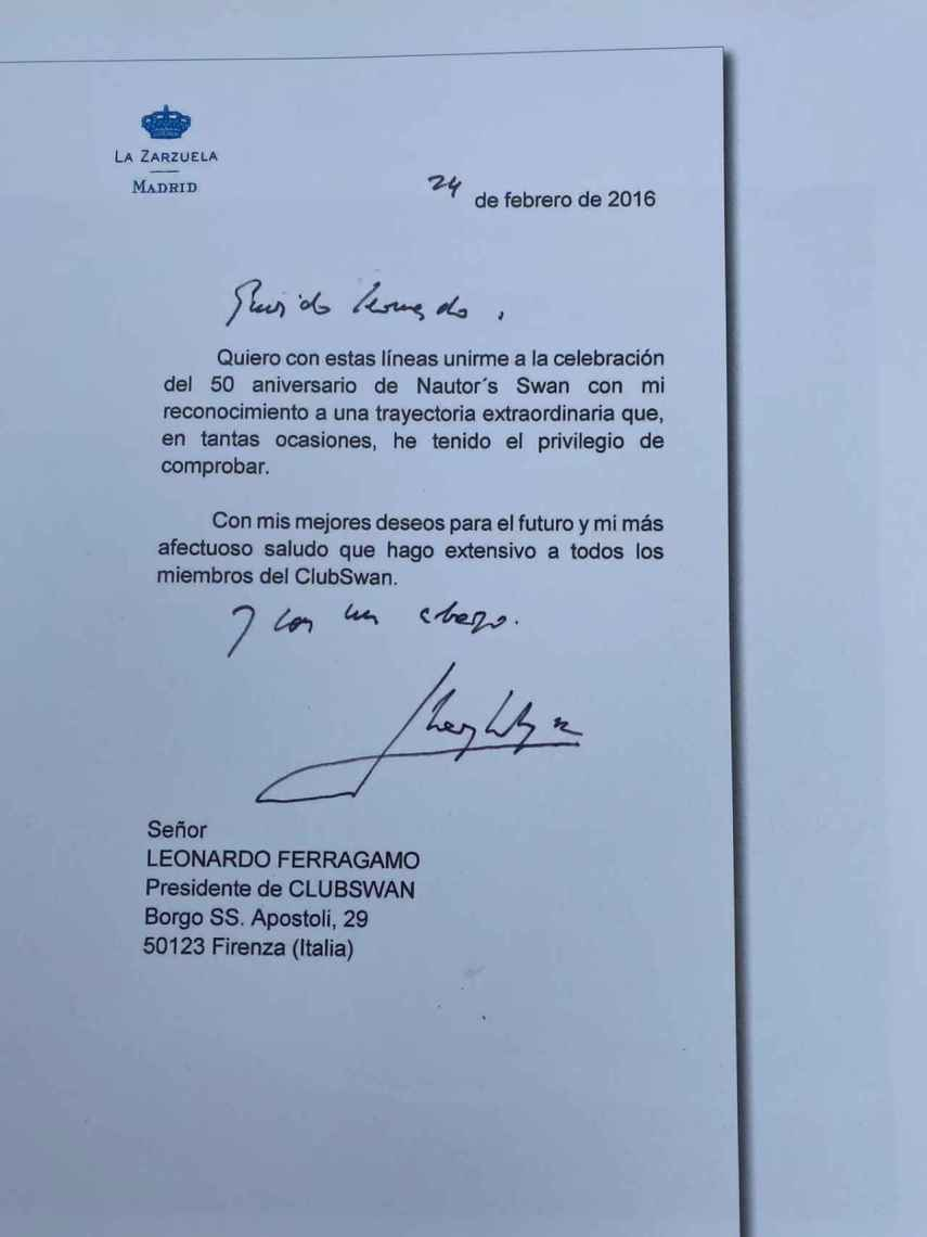 La carta que Zarzuela envió a Leonardo Ferragamo para felicitar a Swan en su aniversario.