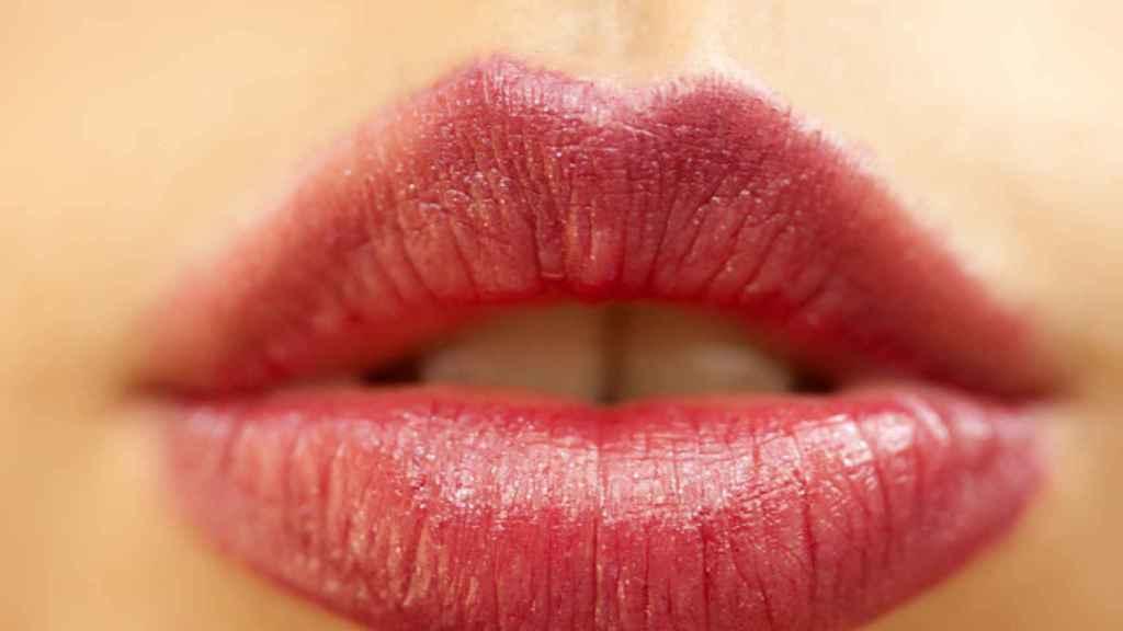 Trucos para tener los labios más carnosos y bonitos