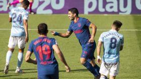Luis Suárez celebra su gol con el Atlético de Madrid ante el Celta en la jornada 6 de La Liga