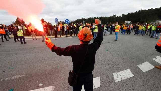 Actos de protesta de los trabajadores de Alcoa en San Cibrao.