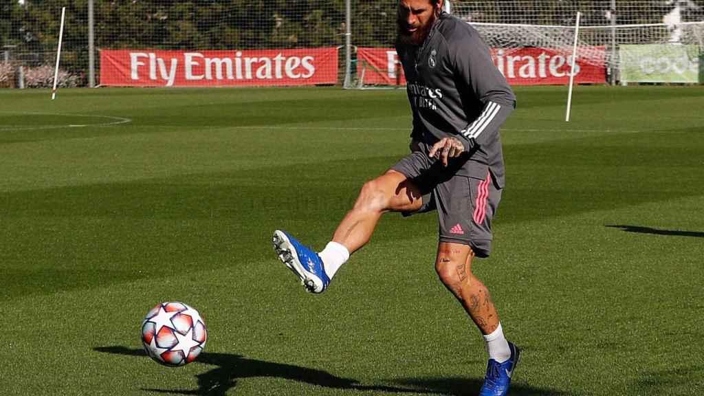 Sergio Ramos, durante el entrenamiento del Real Madrid del lunes