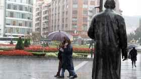 Lluvia en Bilbao. EFE/Luis Tejido