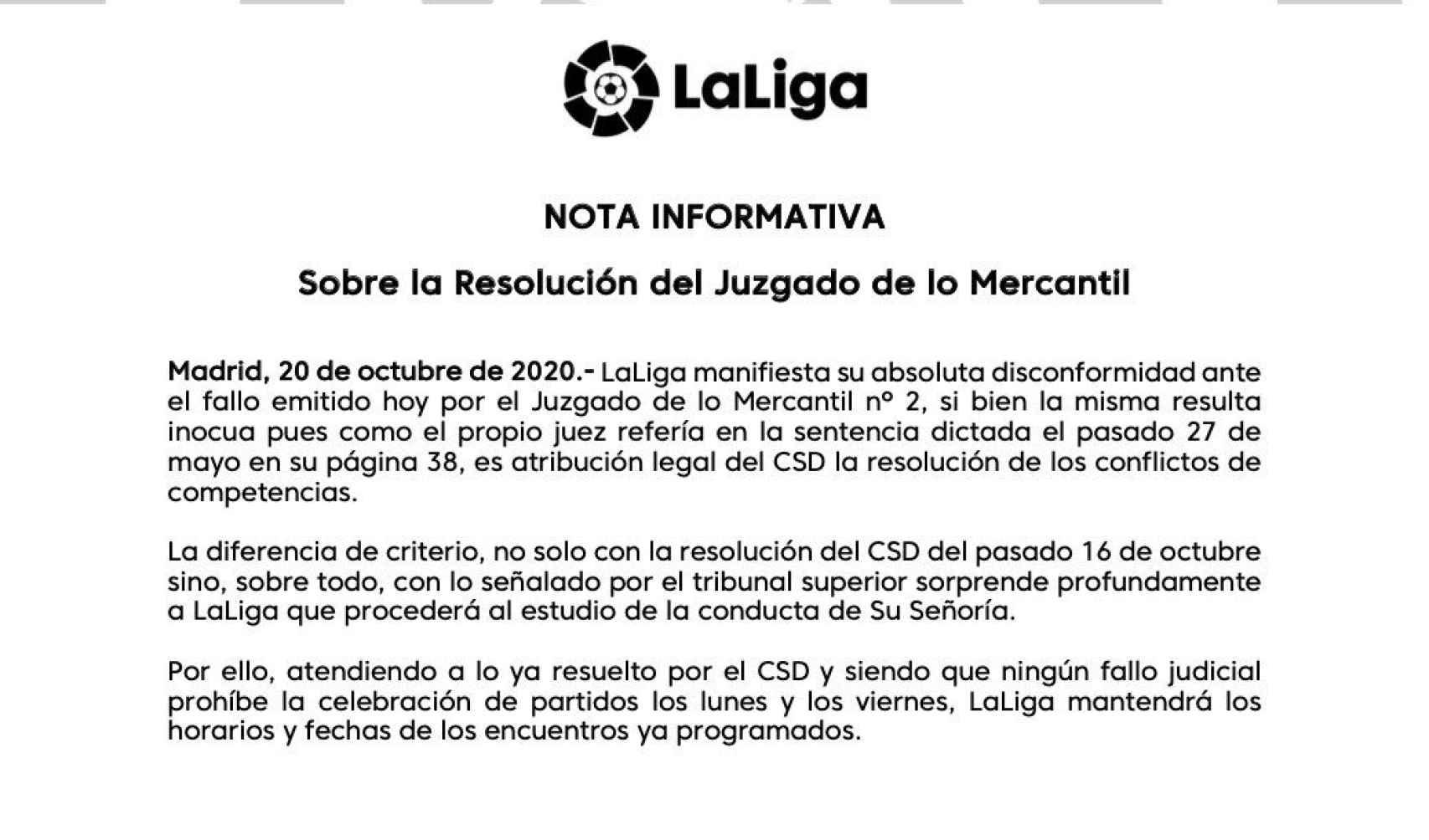 La nota de LaLiga por la que informa de que no se modifican los horarios de lunes y viernes