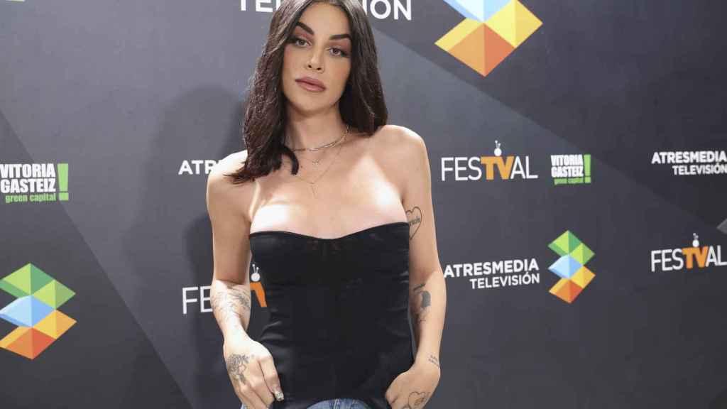 Jedet es una de las protagonistas de la serie 'Veneno'.