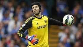 Petr Cech, en un partido con el Chelsea