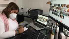 La presidenta de la FEMP-CLM y alcaldesa de Talavera, Tita García Élez, en la videoconferencia